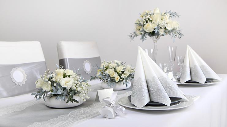 dekoracja_stolu_komunijnego_przyklady